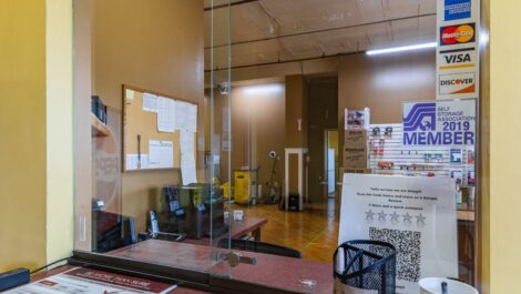 Front desk at National Storage Centers in Grand Rapids, MI.