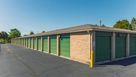 Storage Unlimited drive-up units.